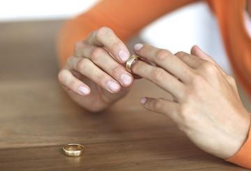 Алименты без расторжения брака
