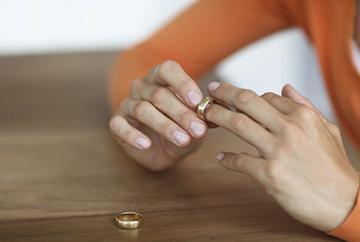 Иск супруги против мужа