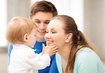малыш в семье